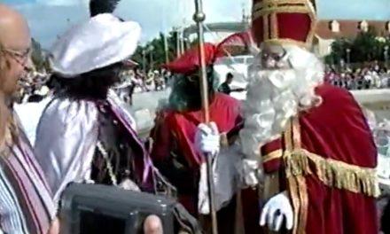Fuhikubo ta presentá: jegada di Sannikolas 2001